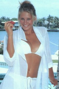 Click Here To Load Anna Kournikova